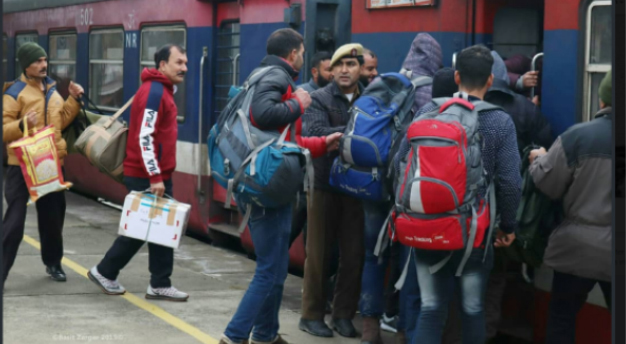 Train services resume in Kashmir Valley, huge rush in markets, private transport plying unhindered