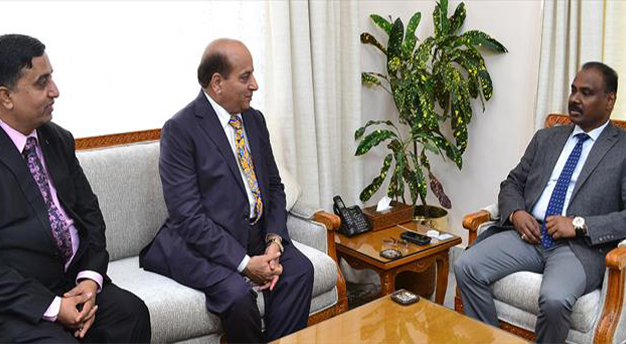 Murmu calls for digital delivery of services in JK