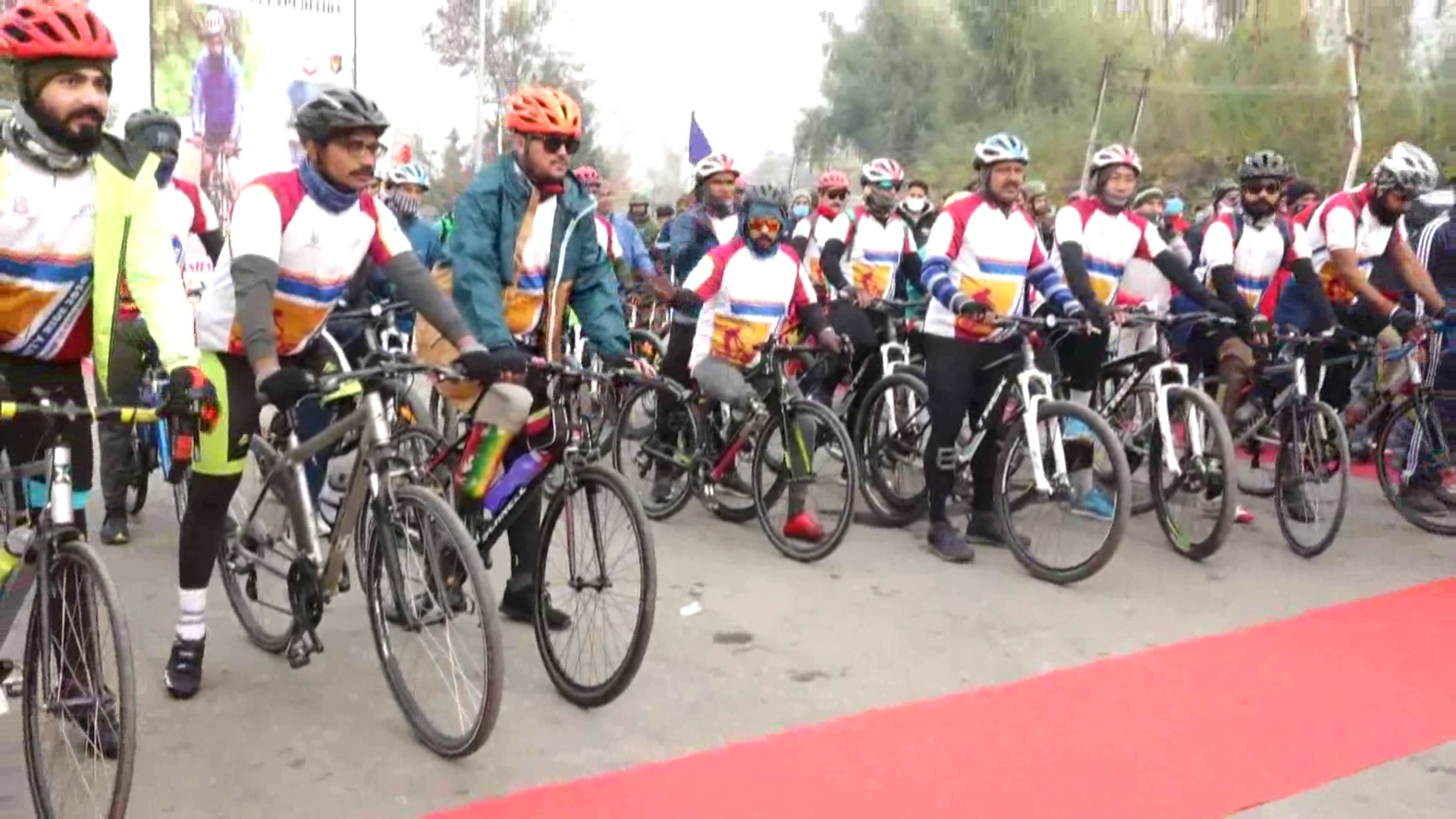 Para-Cycling Expedition 'Infinity Ride 2020' for BSF members begins in Kashmir